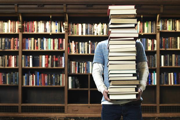 7 dicas imperdíveis para economizar na compra de livros